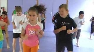 16 Gym Tonic (danse de toute la classe) - 5 min 43 s.mpg