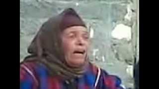 فلاحة مصرية نفسها تغنى