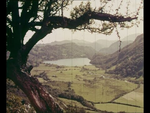"""""""Look At Wales!"""" - 1950s colour travelogue (Part 2)"""