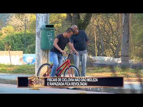Sujeito resolve ser fiscal da vida alheia e tira ciclistas do sério