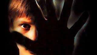 Darkness (Trailer español)