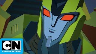 An Unlikely Alliance | Transformers Cyberverse | Cartoon Network