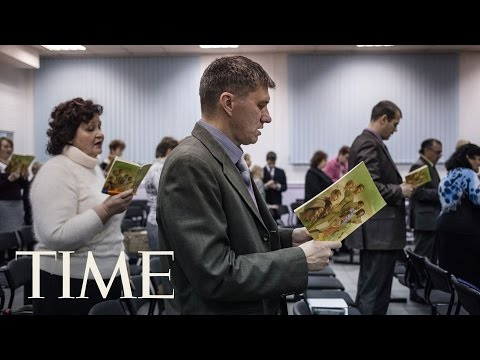 Russia May Ban Jehovah's Witnesses Worship | TIME