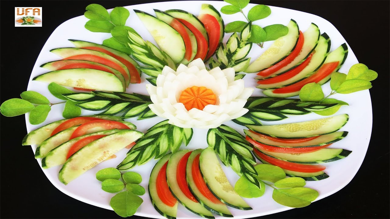 Simple Onion Carrot Rose Flower Garnish With Cucumber Tomato
