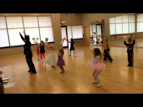 "Monday 3-4 Ballet ""Lollipop"""