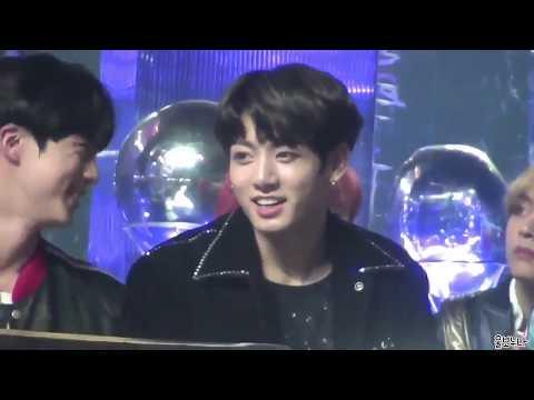 Jungkook reaction to IU's winning speech at Melon Music Awards