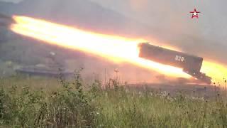 «Солнцепек» уничтожает «врага»: кадры стрельб тяжелых огнеметных систем