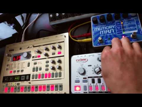 Just a Minute - Cyclone Bass Bot TT-303 V2 and Electribe ES-1 MK II
