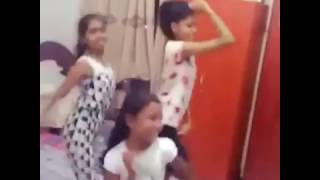 Sri Lankan School Girls Dance