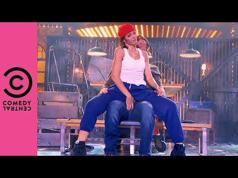 "Jenna Dewan-Tatum Performs Ginuwine's ""Pony"" 