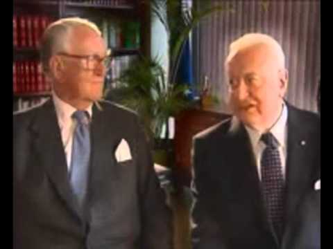Gough Whitlam and Malcolm Fraser Republican ad (in sync)
