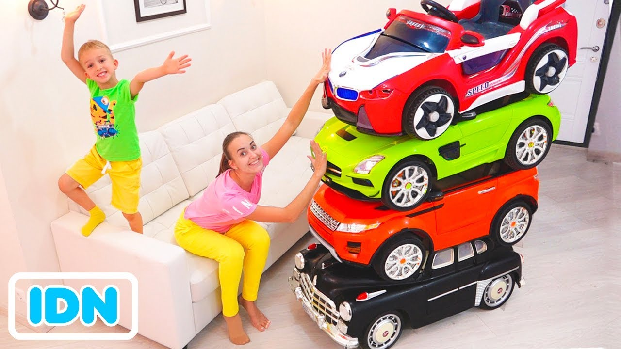 Pengemudi Sulap Kecil Dengan Mobil Mainan Dan Mengubah Mobil Untuk Anak Anak Youtube
