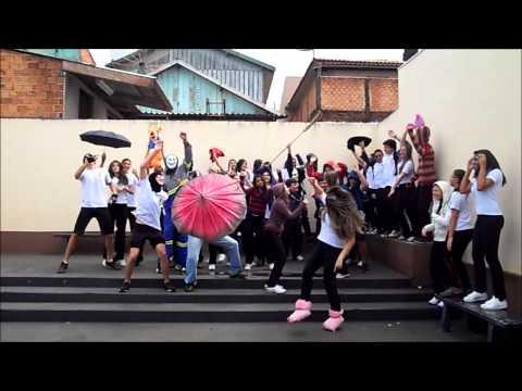 Harlem Shake - Colégio Nossa Senhora Medianeira