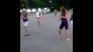 Бесплатные уроки сальсы и бачаты в Измайловском парке