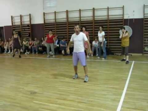 DEBKA GID teaching at Bet Hanoar.avi דבקה גיד
