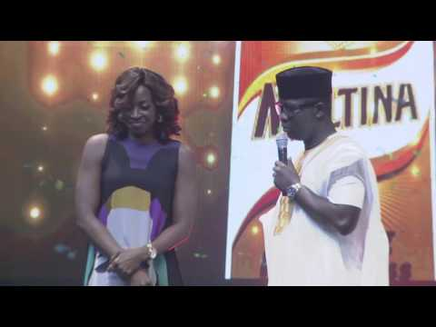 Seyi Law Kisses Kate Henshaw On Stage (Ay Live 2016)