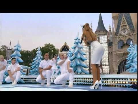 Ariana Grande - Santa Tell Me (Live at Disney Parks Christmas Parade 2014)