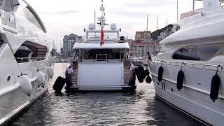 super yacht Ilona entering Cannes