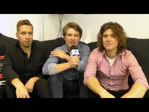 Hanson Celebrate 16th Anniversary Of Mmmbop With Release