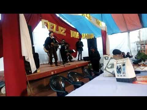 Abraham Dem | y algunos jovenes Cantando en el cumpleaños de nuestro Pastor Mauricio Surichaqui
