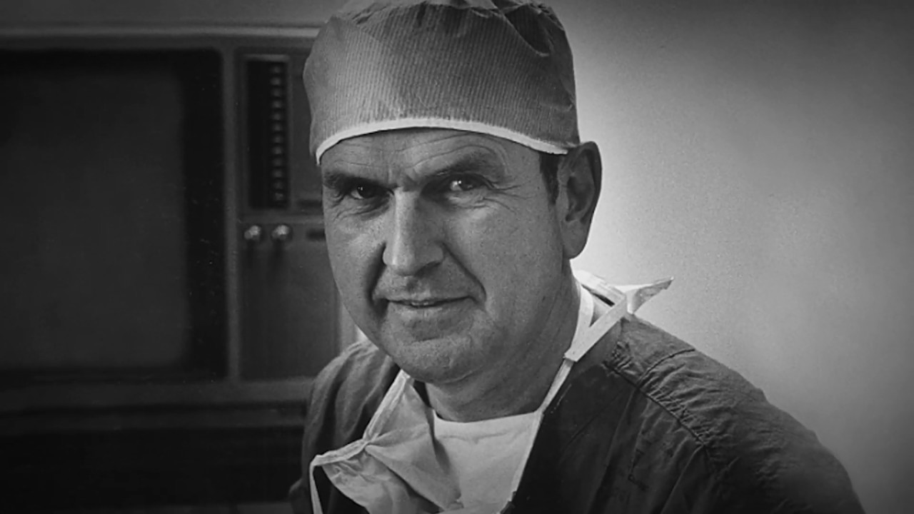 Heart Surgeons Honor President Russell M. Nelson's Pioneering Efforts in Their Field