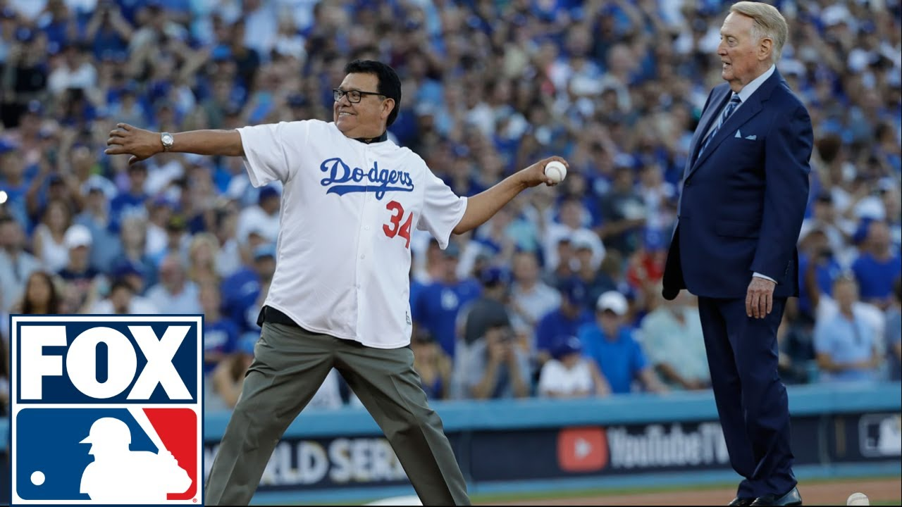 Download Vin Scully, Fernando Valenzuela throw out 1st pitch before Game 2 | 2017 MLB Playoffs | FOX MLB