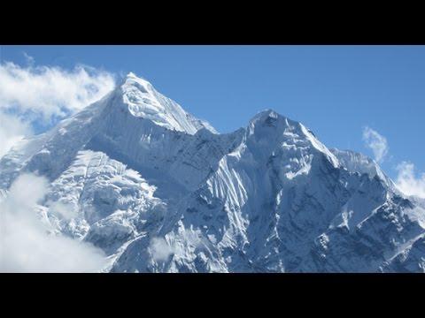 Himalayas of Nepal    Kumvakarna  (Phaktanglung) Himal