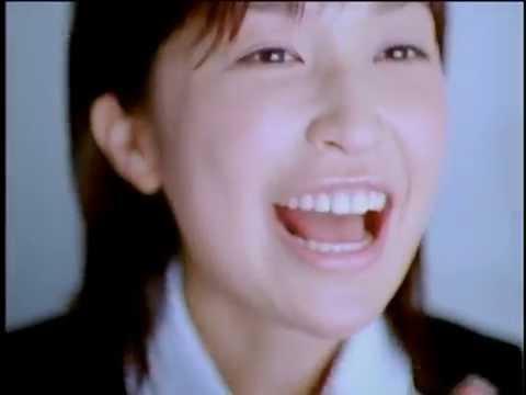 小野真弓 アコム CM スチル画像。CMを再生できます。