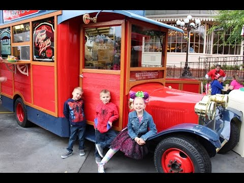 Thumbnail: Little Red Wagon Corn Dogs Truck