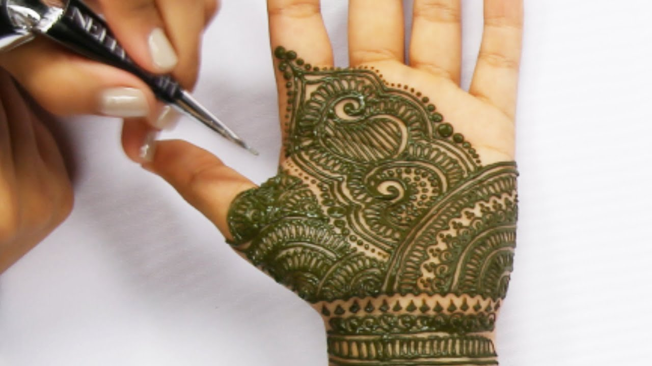 7 Hours Of Henna Tattoos In 90 Seconds - YouTube