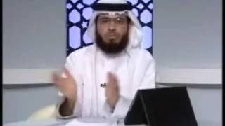 للنساء: لايجوز فعل هذا حتى أمام الزوج فهو حرام.mp4