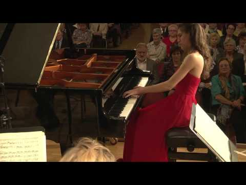 Dorothy Khadem Missagh plays Mozart Piano Concerto KV414