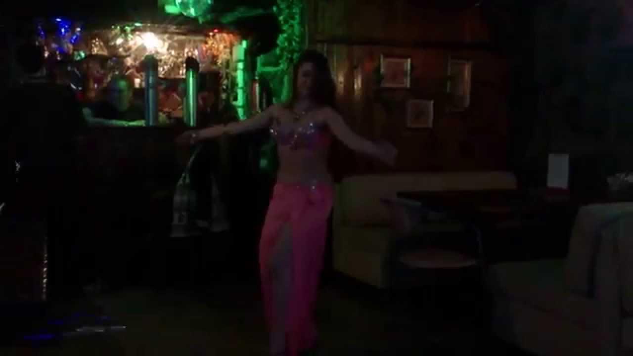 Онлайн любительское видео пьяная девушка исполняет танец живота — photo 14
