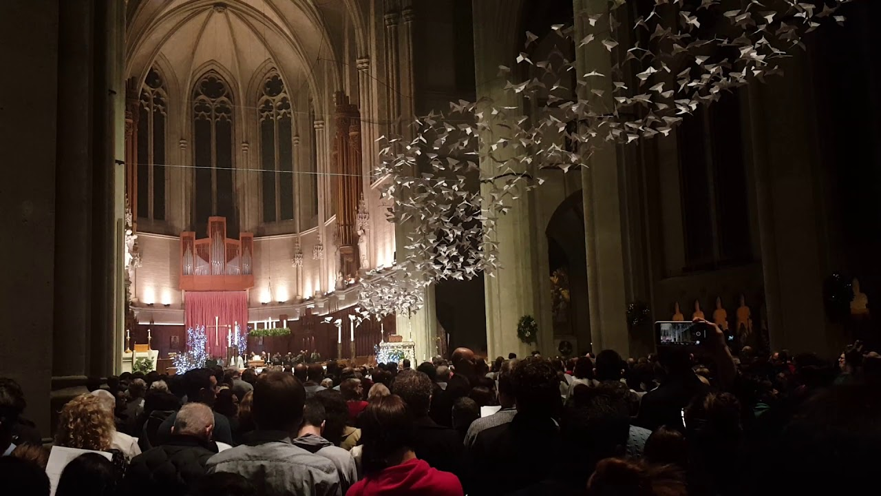 Grace Cathedral Christmas Concerts 2021 Schedule Grace Cathedral San Francisco 12 24 18 Christmas Midnight Mass Processional Youtube