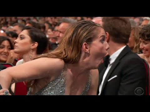 Anna Chlumsky's Reaction To Sean Spicer At The 2017 Emmys Is Literally All Of Us