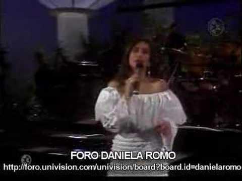 """Daniela Romo """"De mi enamorate"""" (En vivo)"""