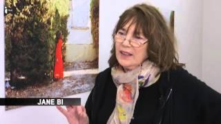 """Visite guidée de l'exposition """"Kate Barry - Photographies"""" avec Jane Birkin"""