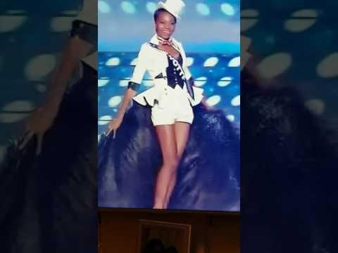 Miss Mayotte qui trébuche en plein election miss France 2017