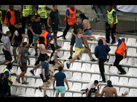 แฟนบอลรัสเซีย-อังกฤษซัดกันวุ่นหลังฟาดแข้งยูโร