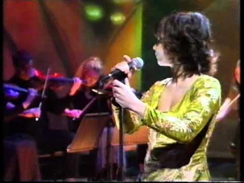 Björk - Hunter live 1997