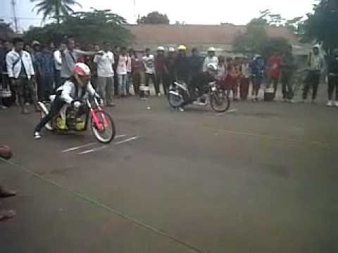 Indri Barbie #25 Drag Bike on Brigift | Mio FFA 300cc