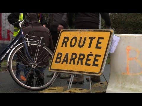 """NDDL: opération nettoyage de """"la route des chicanes"""" amorcée"""