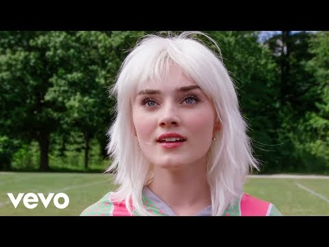 Meg Donnelly, Trevor Tordjman - Stand (From