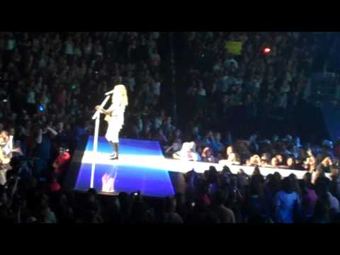 taylor-swift---fearless-live