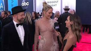 CMAs: Sugarlands Kristian Bush & Jennifer Nettles Reveal Who They Love To See On The Red Carpet
