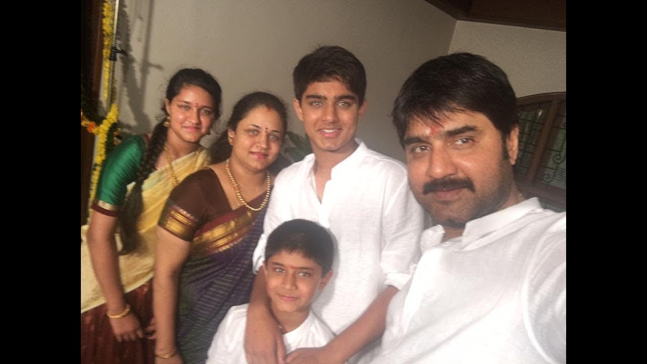 Telugu Actor Srikanth Family Photos