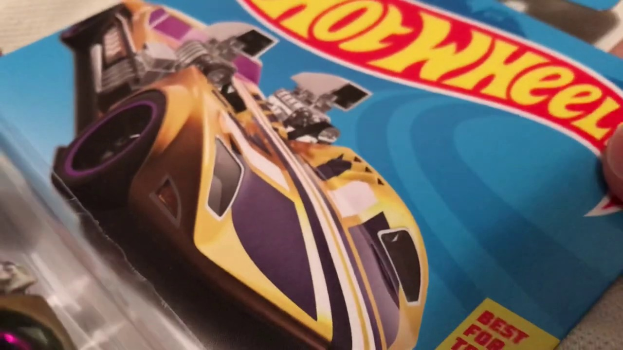 Hot Wheels Twin Mill (2019 D Case Regular Treasure Hunt! - HW Game Over | No longer metal on metal?)