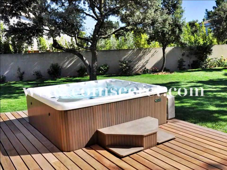 jacuzzi de jardin ferme oasis jacuzzi avec salon de. Black Bedroom Furniture Sets. Home Design Ideas