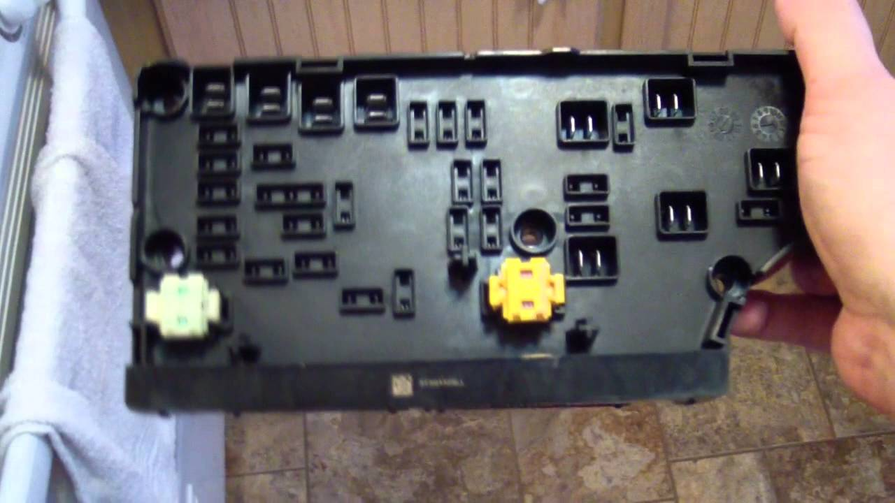 Fuse Box On 2009 Dodge Nitro 2007 Dodge Caliber Tipm Inspection Look At The Guts