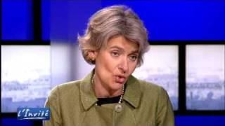 "Irina BOKOVA : ""L"
